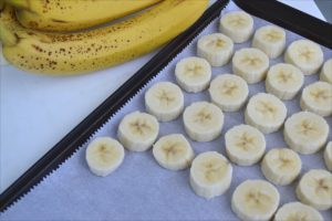 How to Freeze Bananas for Smoothies